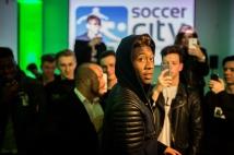 Ein toller Empfang für David Alaba in der Soccercity Wien